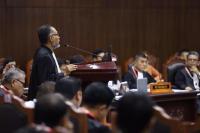 Foto Alat Bukti, BW: Tim Hukum KPU Langgar Kode Etik