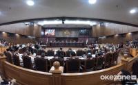 MK Terima Amplop Hasil Surat Suara Tercoblos dari Saksi Kubu Prabowo