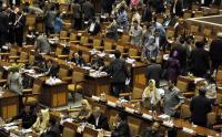 Rintangan Perempuan Lolos ke Parlemen