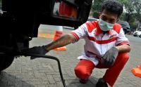 Mobil Tak Lulus Uji Emisi Dilarang Parkir di Kantor Walkot Jakut