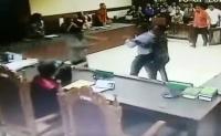 Pengacara Tomy Winata Resmi Ditahan Polisi Gara-Gara Pukul Hakim