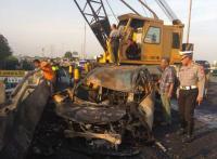 Terbakarnya Truk Tangki Pertamina di Rawamangun Diduga karena Kecelakaan