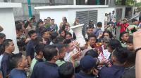 Demo Tolak IMB Reklamasi di Balai Kota DKI Ricuh, Nyaris Terjadi Adu Jotos