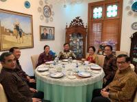 Prabowo-Megawati Harmonis Dalam Satu Meja