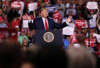 Donald Trump Permalukan Pendukung: Dia Punya Masalah Berat Badan, Berolahraga Lah