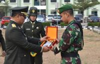 Temukan Narkoba, Anggota TNI Diganjar Penghargaan di HUT Ke-74 RI