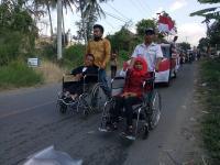 Keseruan Kaum Difabel Turut Pawai HUT ke-74 RI