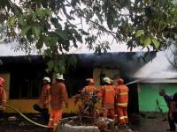 Kebakaran Melanda Kantin Kampus IISIP Lenteng Agung