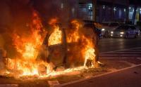 Mobil Sedan Terbakar di Cawang