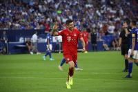 Hattrick Robert Lewandowski Hancurkan Schalke 3-0