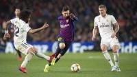 Laga Barcelona vs Madrid Ditunda, Lenglet Bahagia