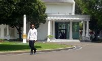Menteri Nadiem Tak Mau Disebut 'Pak', Minta Dipanggil 'Mas'