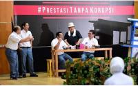 'Mas' Menteri Nadiem Main Drama, Jokowi: Masih Kelihatan Anak SMA