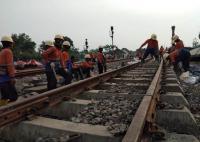 Jadwal Kereta Terganggu Dampak Gerbong Terguling di Blora