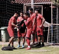 Liga 1 2020 Bergulir 29 Februari, Pelatih Arema FC Tak Mau Ambil Pusing