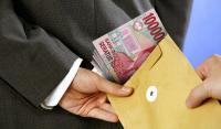 Oknum Kades Tertangkap Tangan Terima 'Uang Pelicin' Urus Perizinan