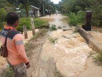 Banjir Landa Penajam Paser Utara, 1 Jembatan Putus