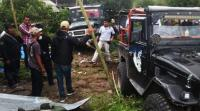 Jeep Alami Kecelakaan Tunggal, 6 Penumpang Luka-Luka