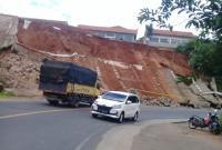 Tembok Penahan Tebing di Garut Roboh Pascagempa M4,9, Korban Jiwa Nihil