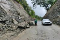 Belum Dibuatkan Talut, Tebing di JLK Wonogiri Rawan Longsor