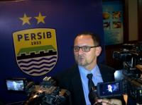 Dejan Antonic Resmi Latih PSS Sleman