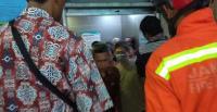 Belasan Pengunjung RS Persahabatan Terjebak dalam Lift