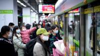 Setelah 2 Bulan Lockdown, Kereta Bawah Tanah di Wuhan Kembali Beroperasi