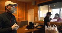 Dukung Penanganan COVID-19, Restoran New York Kirim Makanan untuk Petugas Medis