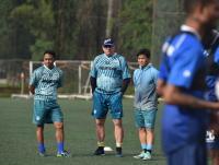 Anjuran Pelatih Persib agar Tetap di Rumah meski Rindu Atmosfer Stadion
