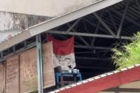 Ada Bendera Merah Putih Berlogo Palu Arit di Kampus Unhas Makassar