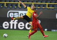 Takluk dari Bayern, Pelatih Dortmund Konfirmasi Erling Haaland Alami Cedera Lutut