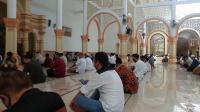 Jelang New Normal, Masjid Agung Pekalongan Gelar Sholat Jumat