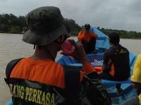 Main Rakit di Muara Sungai, Dua Warga Kebumen Hilang Dibawa Arus