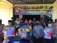 "Diduga ""Sunat"" BLT Dana Desa Covid-19, Kadus & Anggota BPD Ditangkap"