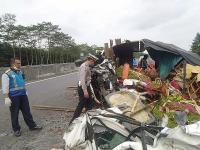 Kecelakaan di Tol Semarang-Solo, Sopir Truk Tewas Mengenaskan