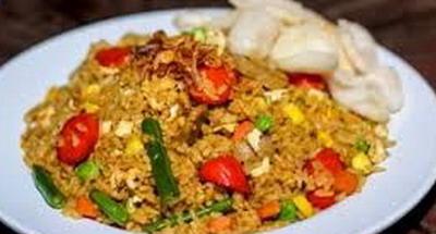 Nikmatnya Nasi Goreng Jawa Komplet