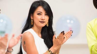 Image Bad Girl Bikin Lee Hyori Tertekan