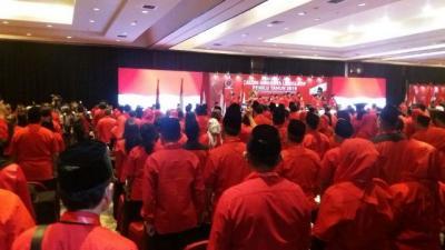 Sekjen PDIP Puji Kapitra Ampera Mirip Bung Karno di Depan Megawati