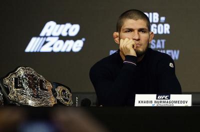 Khabib Ogah Diskusikan Pertarungan Berikutnya di UFC