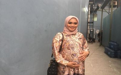 Cerita Sheza Idris Hamil di Luar Negeri