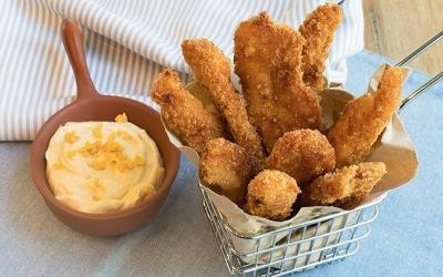 Kekinian, Yuk Bikin Ayam Krispi Saus Telur Asin untuk Makan Siang