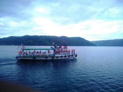 Ini yang Membuat Danau Toba Jadi Destinasi Wisata Terbaik di Indonesia