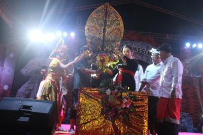 Resmi Dibuka, Festival Kerambitan Hadirkan Beragam Kesenian dan Kuliner Khas