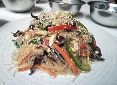 Resep Japchae, Makanan Korea Enak yang Mudah Dibuat