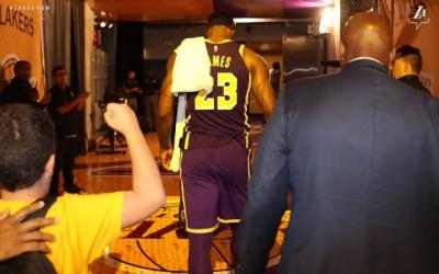 Lakers Tampil Buruk, Lebron James Gusar