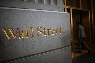 Wall Street Mixed, Dow Jones Tertekan Saham Boeing