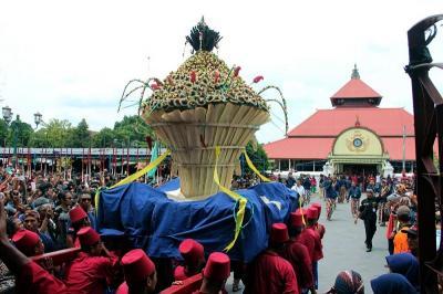Tradisi Peringatan Maulid Nabi di Berbagai Daerah, Mana Paling Unik?