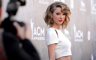 Taylor Swift Teken Kontrak Baru dengan Universal Music