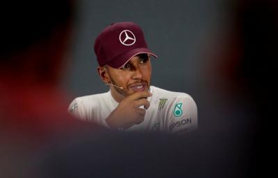 Hamilton Alami Kecelakaan Motor di Sirkuit Jerez