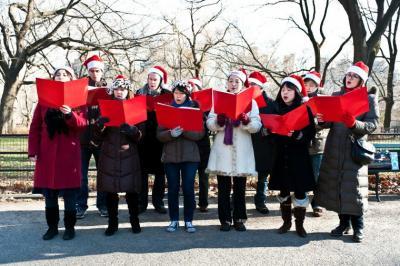 Kebiasaan Unik saat Natal dari Berbagai Negara, Anda Lakukan yang Mana?